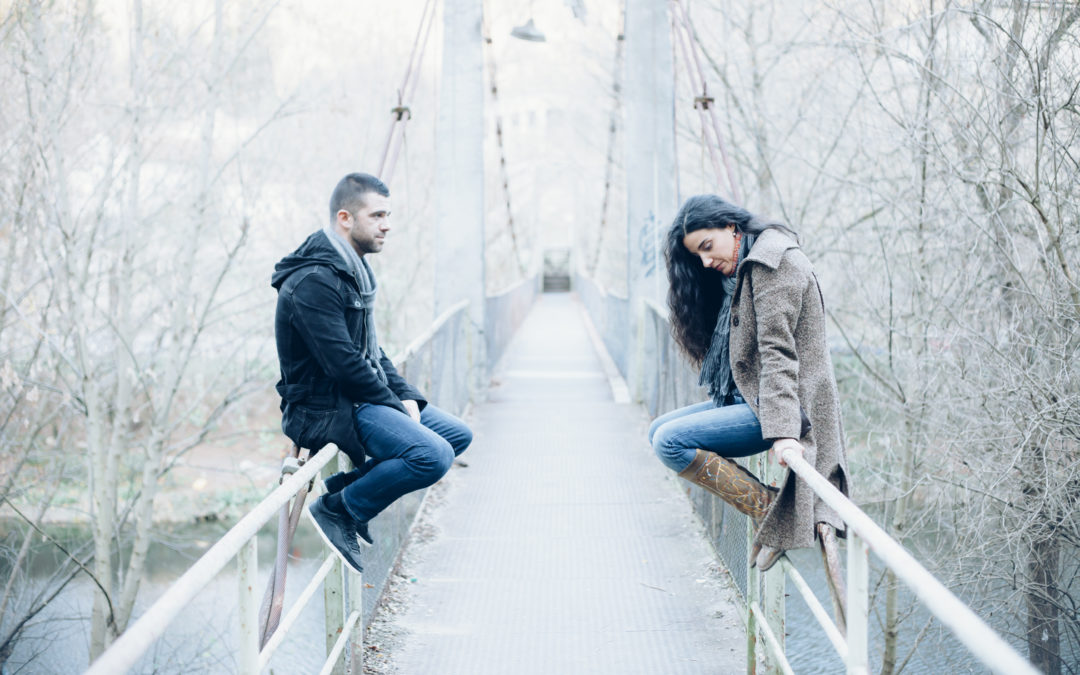 5 Signs You're With An Emotionally Unavailable Partner